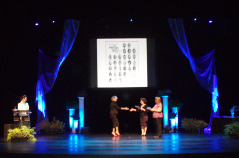 Dorothy Amey receiving nomination plaque for the Women Of Distinction 2010.